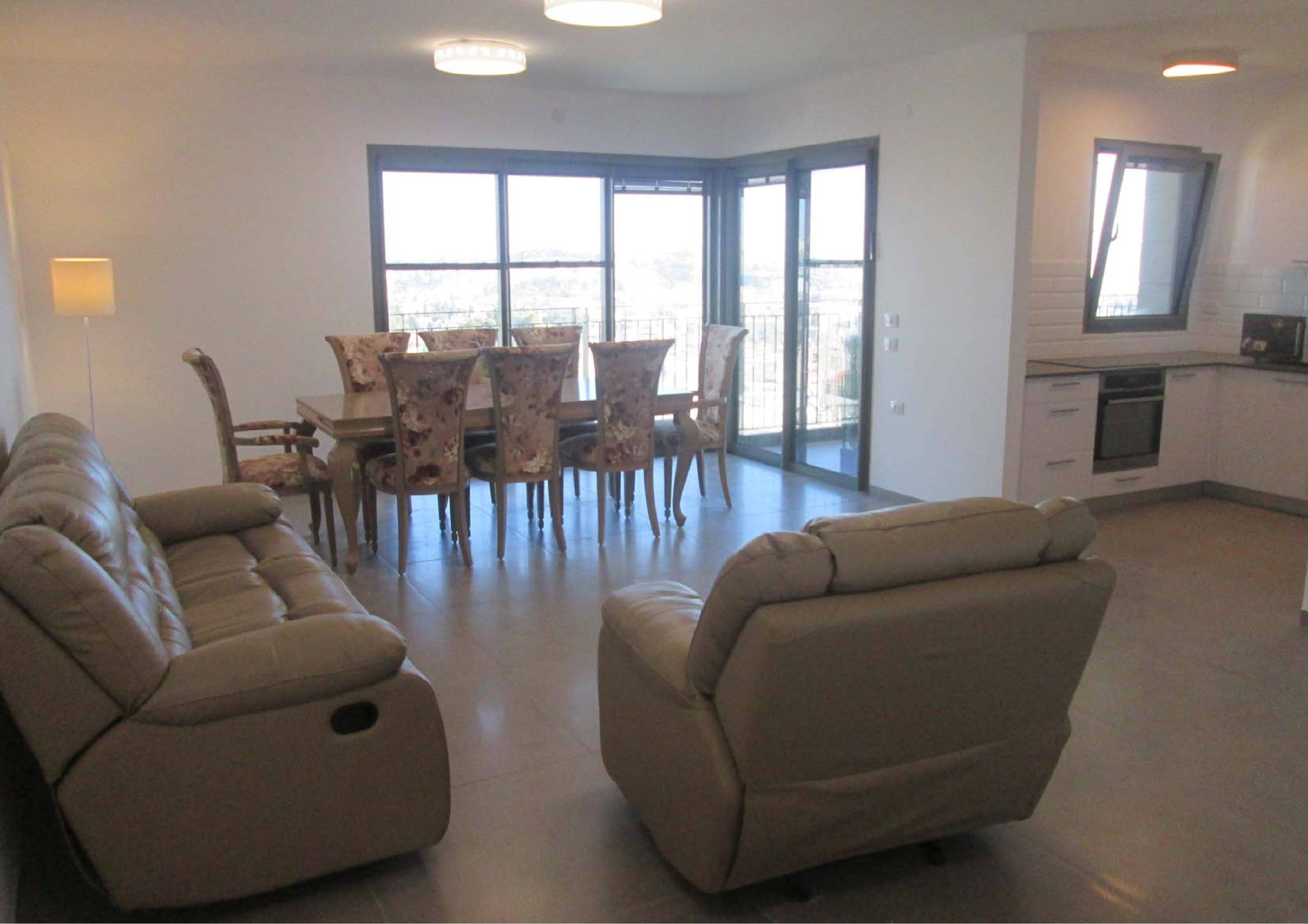 Beautiful 2 bedroom apartment in Hanevi'im