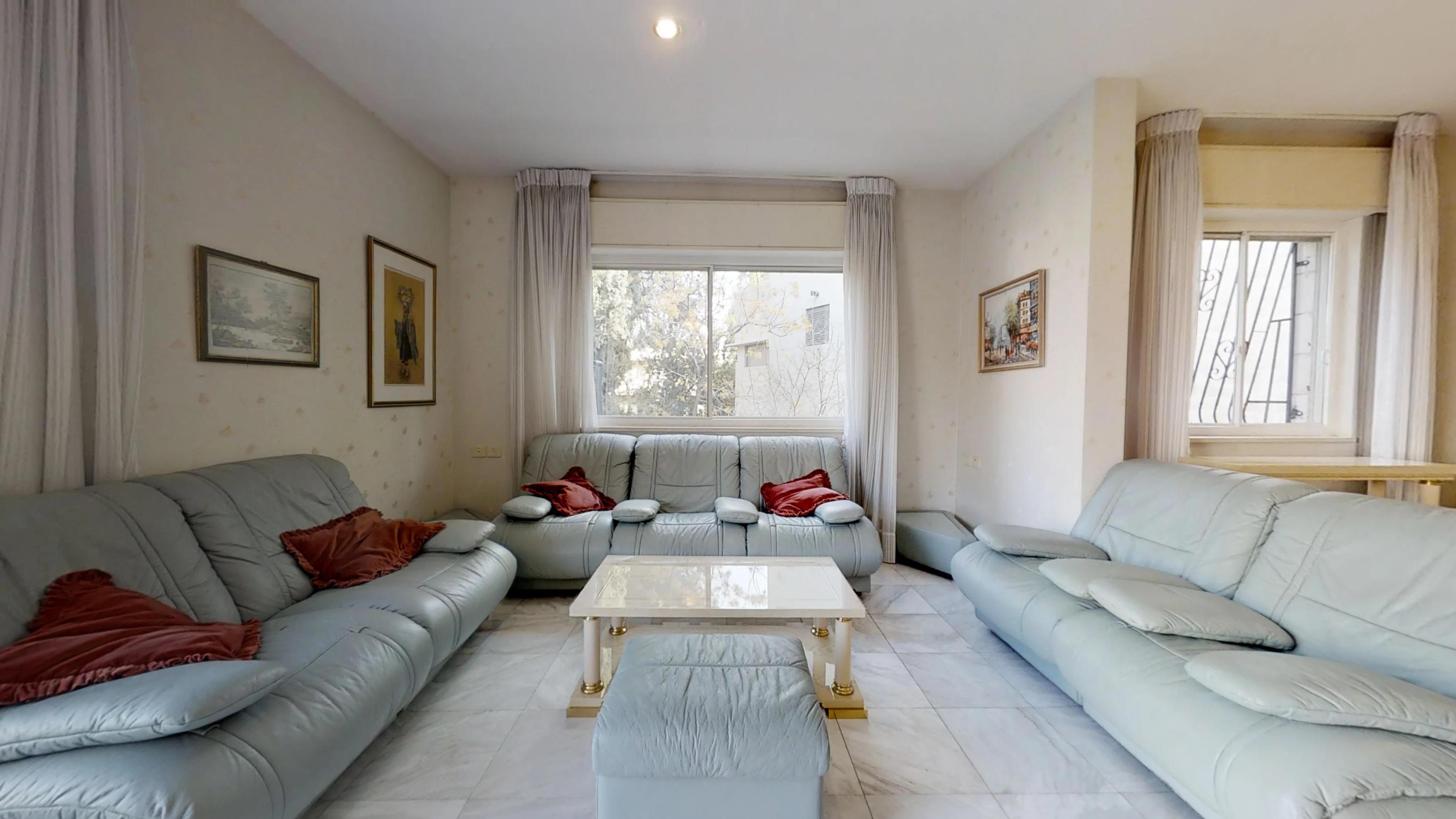 4 bedroom vacation rental in Rechavia